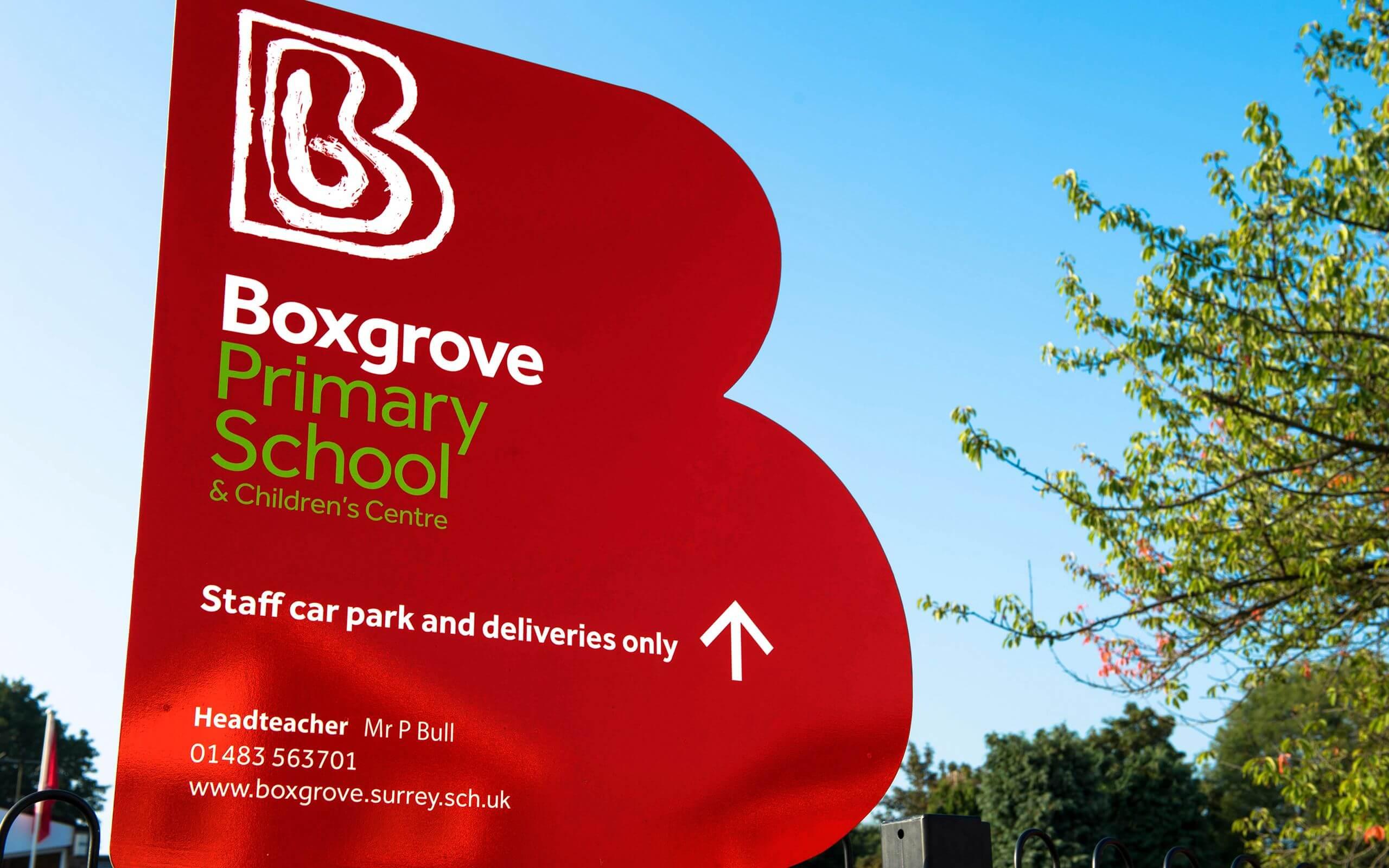 Boxgrove Primary School Guildford signage